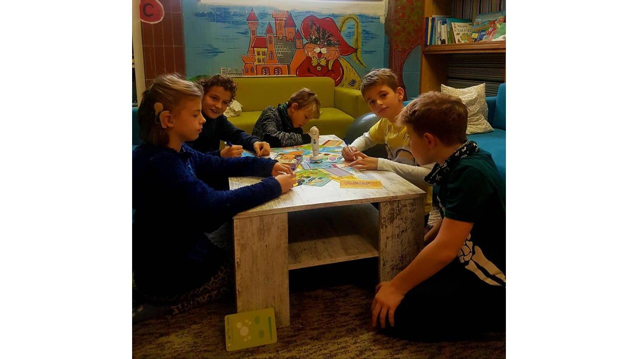 Fond Uško n.f. pri ZŠ s MŠ pre deti a žiakov so sluchovým postihnutím internátnej
